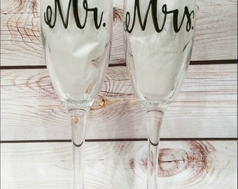 Mr. and Mrs. wedding flutes // toasting flutes // Wedding day flutes // custom wedding flutes // Wedding day gift // engagement gift //