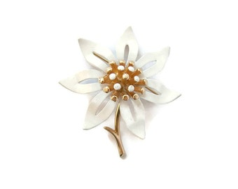Flower brooch. Metal flower brooch. Gold flower enamel brooch. Costume enamel brooch. White gold brooch. large flower brooch. Signed ART