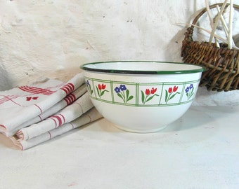 Floral enamelware bowl, basin, fruit bowl. French enamelware, French vintage, French country decor, farmhouse decor, French chic.