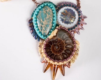 Beadwork Embroidery Pendant with variscite and Ammonite, Ammonite jewelry, variscite jewelry, variscite pendant