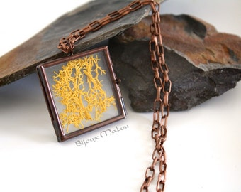 Real Moss Copper Locket Necklace Hinged Glass Locket Nature Jewellery Mustard Moss Necklace Feature Square Necklace Copper Chain See-through