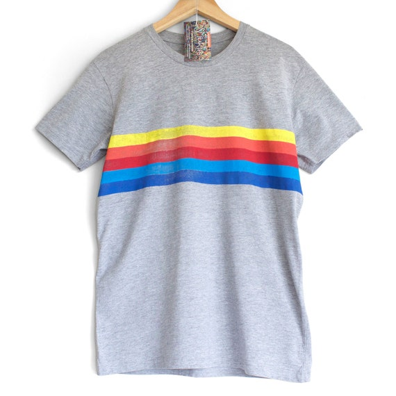 RETRO STRIPES t shirt. 100% organic cotton t-shirt. Hand printed. Grey shirt. Rainbow stripes. Rainbow t-shirt