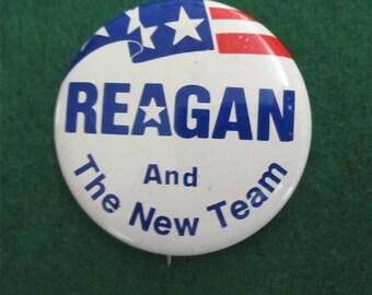 Original 1980's President Ronald Reagan Presidential Campaign Pin Back Button - Free Shipping