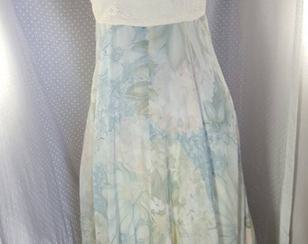 1970's Floral Maxi Dress (Small)
