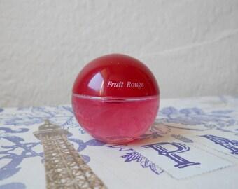 Yves Rocher Cap Nature Fruit Rouge miniature eau de toilette, 7.5 ml / 0.25 fl. oz. splash bottle