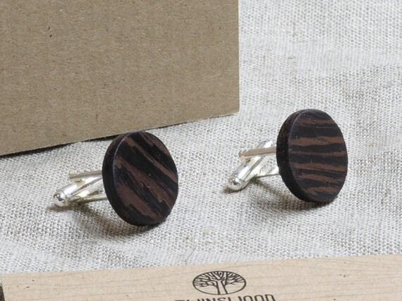 Wood Cufflinks. Personalized Cuff Links. Laser Engraved Monogrammed Initial Wooden Cufflinks. Сustom cufflinks. Groomsmen Gift. Xmas gift.