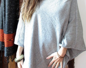 Poncho sweater in Cashmere Wool shade of grey