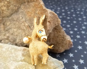 1950s Democrat Donkey Brooch Kramer Signed Mid Century Small Figural with Faux Pearl