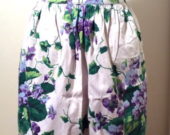 Vintage 1960s Cotton Lilac Reversible Purple Floral Half Apron, Shabby, Cottage and Chic/Organdy