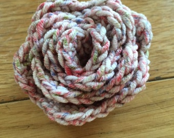 Wool flower broach