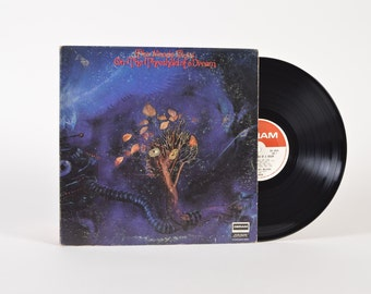 """THE MOODY BLUES - """"On The Threshold of A Dream"""" vinyl record"""