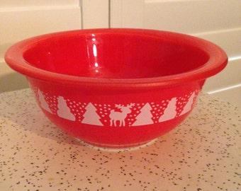 RARE Pyrex Holiday Bowl 1L #322