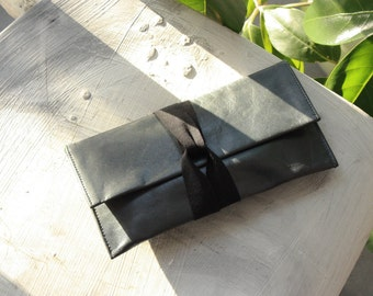 Soft Grey Leather Wallet/Purse. Cosmetics/Makeup or Travel Bag. Japanese Inspired. Fairtrade&Handmade in West Africa. Free ship