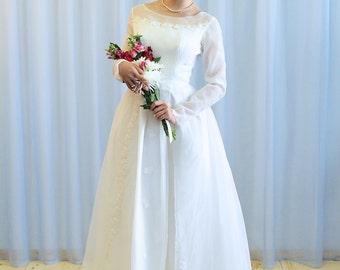 La  Eleanor - 1950s Floor length chiffon wedding gown