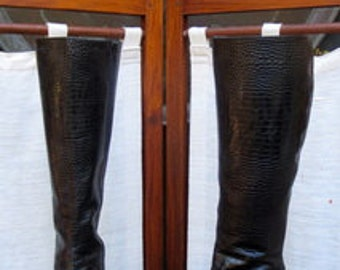 VINTAGE TALL Leather BOOT Made in Italy Size: 7 1/2 WFB022