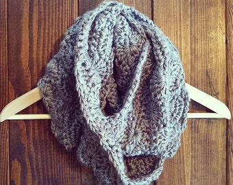 Sweetwood Circle Scarf - Gray