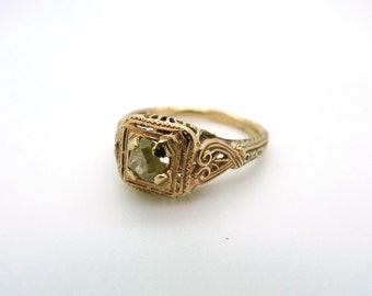 Vintage Gold and Hand Cut Diamond Ring