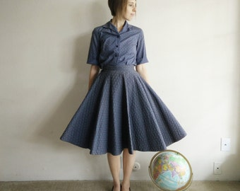 Vintage 1950s Quilted Circle Skirt and Blouse Set/50s Skirt/X-Small