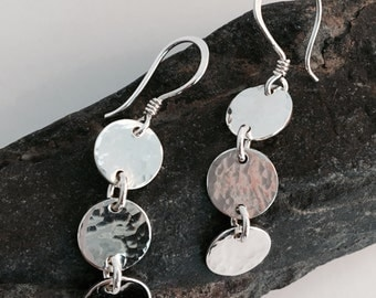 Three linked circle earrings. Silver three circle earrings. Triple drop disk earrings. Silver circle earrings.