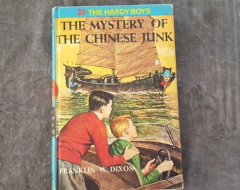 The Hardy Boys #39 The Mystery of the Chinese Junk by Franklin W Dixon