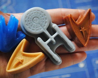 5 x Star Trek soap -Enterprise, 2-Insignia and 2-Vulcan salute -  Made from a Star Trek mould