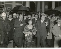 Princess Margaret, Countess of Snowdon visiting Expo 58 Brussels - original vintage press photo - British Royalty