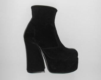 90s Vtg Black Suede Mega Chunky Grunge Goth Clubkid Clueless Quirky Platform Boots size UK 4 / US 6.5 / EU 37