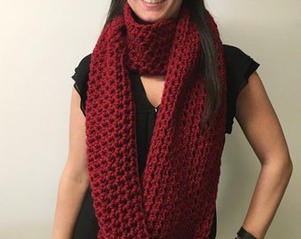 Solid XL Cowl: Red