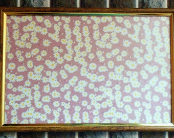 wall decor floral print chamomile in frame
