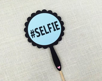SELFIE Mirror Photo Booth Prop / Hashtag Selfie Prop / Party Photobooth Prop / FULLY ASSEMBLED