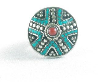 Ethnic ring vintage