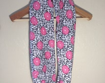 Nursing Scarf with Snaps: Floral Pink