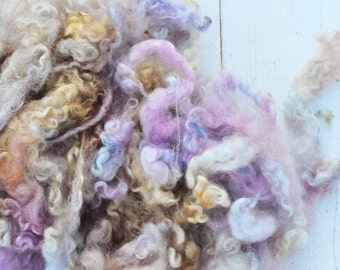 Curly Border Leicester Romney Locks - Hand Dyed - Antique Silk - 2.3 ounces