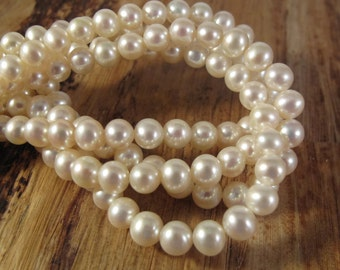 Creamy White Freshwater Pearls, 9mmx 7.5mm, Large Ivory Potato Pearls, 15.5 Inch Strand with About 50 Pearls (P-P13)