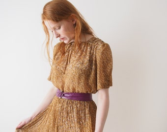 Lunadea, prairie flowers, golden ochre Japanese vintage dress, m - l