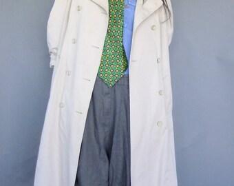 beige trench coat, spy coat, vintage outerwear, London Fog raincoat