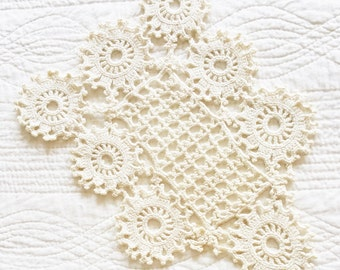 Vintage Romantic Home Heirloom White Handstitched Crochet Thread Table Scarf, Olives and Doves