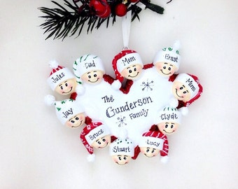 10 Happy Faces Around a Heart / Personalized Christmas Ornament for family of 10 / Custom names / Large Family Ornament