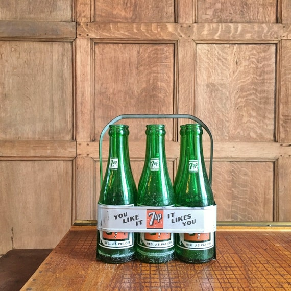 RE Some unusual 8 bubble 7 Up bottles