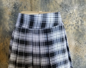 Regular Junior Black and White, Tartan, Stewart, School Girl Plaid Skirt (OPENS / CLOSES with hook and loop fasteners strip)