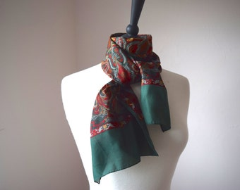 Vintage Neck Scarf Headscarf Red Burgundy Green with Classic Pattern