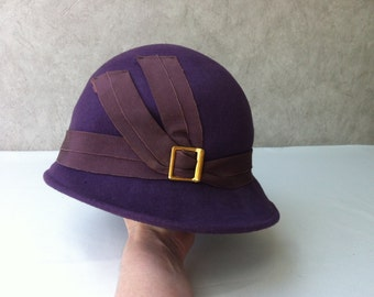 Purple vintage cloche hat from 30s