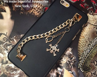 """Unique Personalized Initial Gold Plated Wristlet Wrist Crossbones Skull Crown Charm Matte Finish Hard Shell Cover Case For iPhone 6s - 4.7"""""""