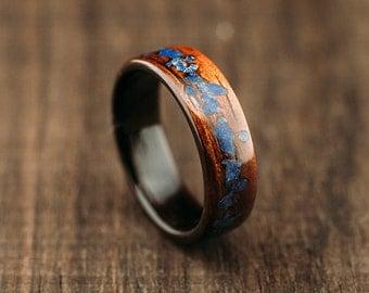 Mango bentwood ring, mango wood ring lined with makassar ebony and lapis lazuli stone inlay