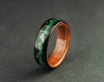 Ebony bentwood ring, makassar ebony wood ring, lined with santos rosewood and malachite inlay