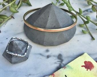 Charcoal Concrete Diamond Bracelet Holder