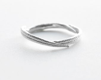 rosemary ring | minimalist jewelry | unique wedding band | stacking ring