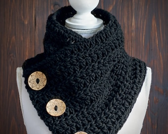 Button scarf, Three button cowl, Chunky scarf, Decorated coconut buttons, Crochet cowl, Neck warmer, Shoulder warmer, Wool, Winter scarf