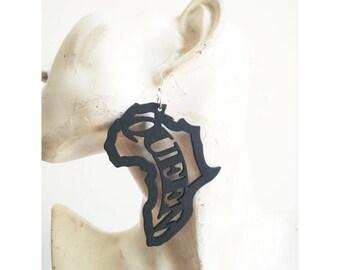 Wooden Earrings - Queen