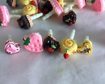 Cake/Sweeties dust plugs